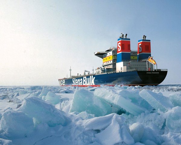 Многомиллиардные убытки от запрета на перемещение по Северному морскому Пути «приведут в чувства» ЕС
