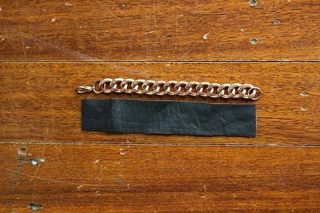 Кожаные браслеты, от простых до необычных: 11 идей с мастер-классами