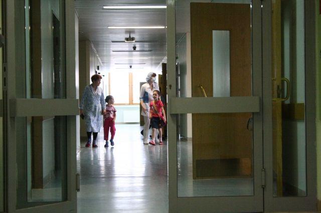 Избившего пациентку врача уволили в Якутии
