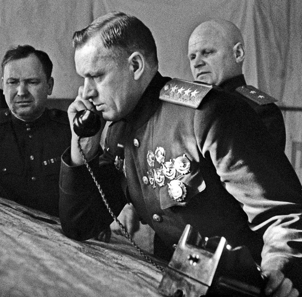 """""""Родина"""" установила подробности боевого пути фронтовых разведчиков"""