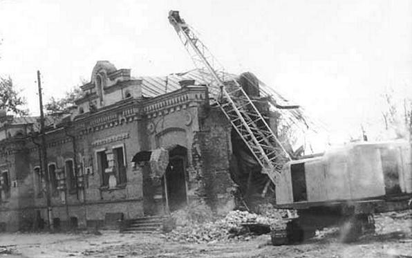 Зачем в 1977 году Ельцин разрушил дом, в котором расстреляли царскую семью