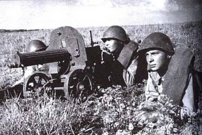 Ханпаша Нурадилов: как чеченец из пулемета «положил» 920 фашистов
