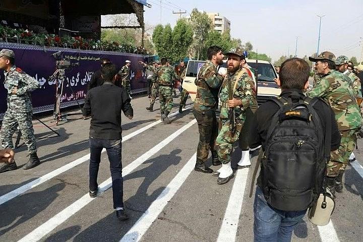 Число жертв теракта на военном параде в Иране возросло до 29