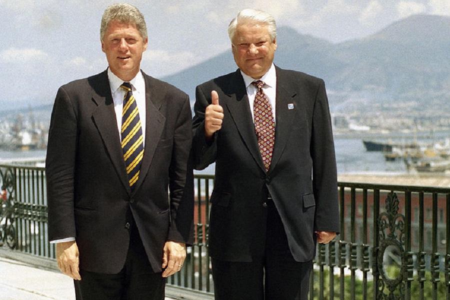 Переписка, где Ельцин отчитывается Клинтону о Путине и Крыме