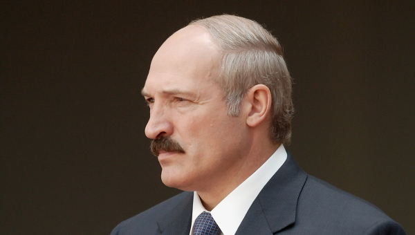 Лукашенко и мигранты