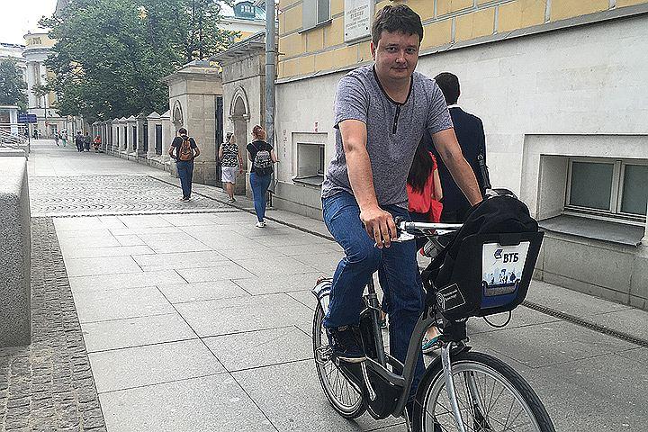 Велосипедные маршруты Москвы: Удобно ли ездить по центру на велосипеде