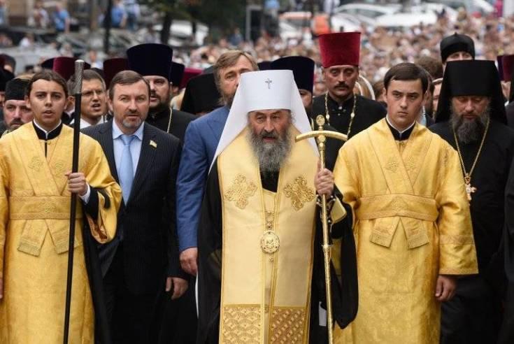Стойкость спасет УПЦ: Житомирская епархия поддержала Москву
