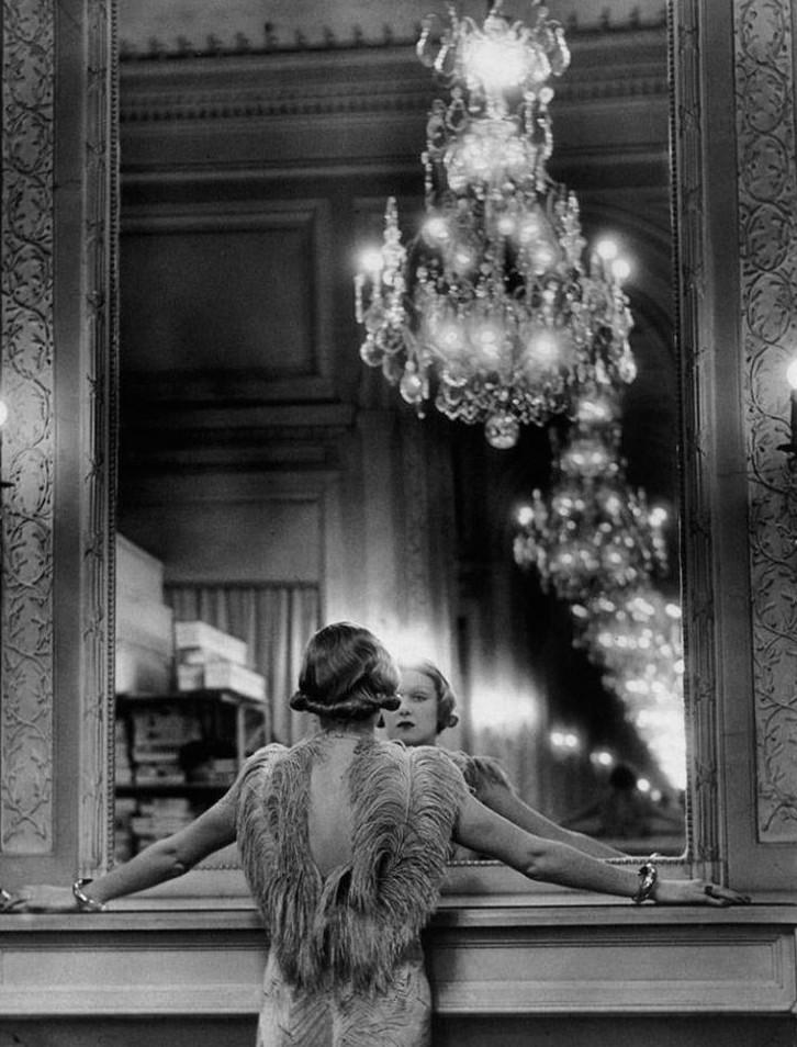 15. Девушка у зеркала, 1934 женщины из прошлого, история, фото
