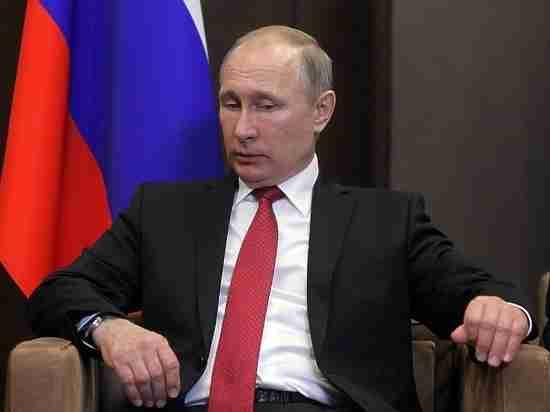 1 тысяча рублей в месяц: Путина шокировали зарплаты ученых в Новосибирске