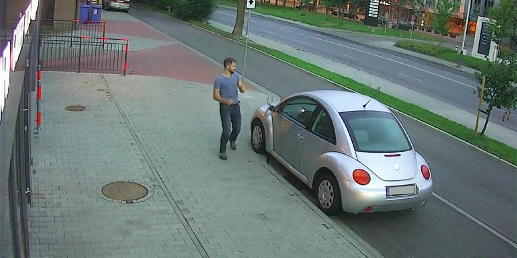 За оскверненные памятники! В Польше пьяный россиянин испортил около 40 автомобилей