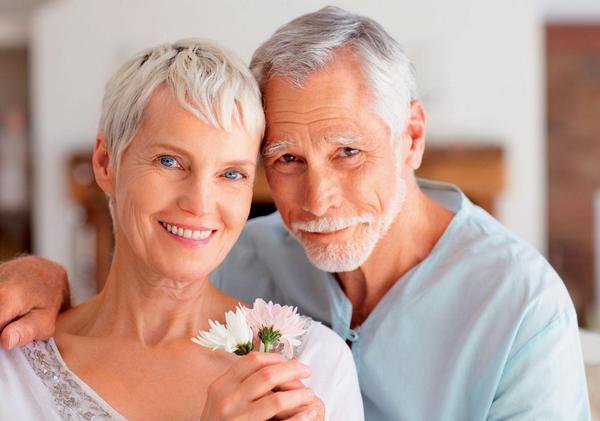 «Какая я вам, простите, бабушка?» Почему мы боимся говорить о старости