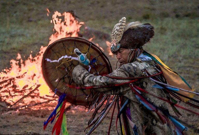 Трампа не признали другие шаманы. Эдуард Лимонов