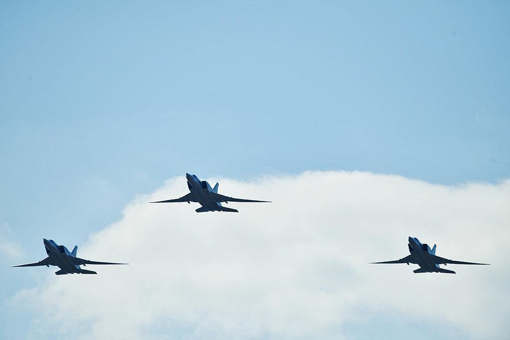"""Эскадрилья с """"Кинжалами"""" провела учения с Дальней авиацией"""