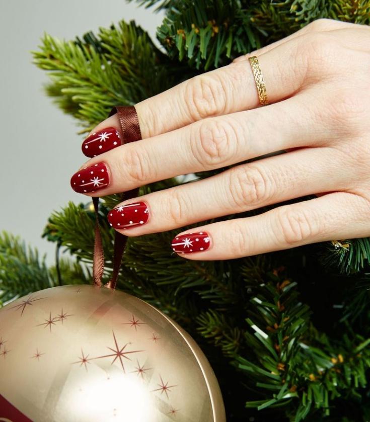Искры и снежинки на ногтях (Diy)