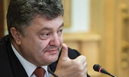 Порошенко поручил срочно организовать вывоз крымских детей на Украину