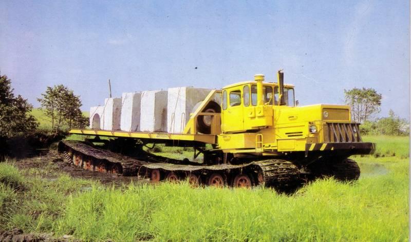 Сочленённый болотоход БТ361А…