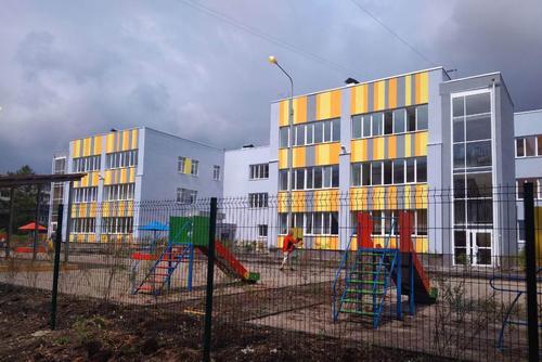 Энергетики подключили к электричеству обновленный детский сад в Челябинске