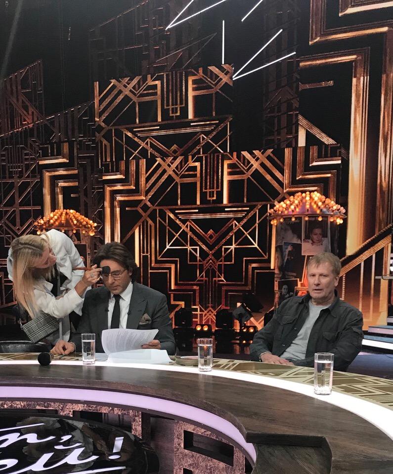 Малахов, Гуревич  по прежнему первачи  телеэфиров, ну не интересен народу Дмитрий и Максим с Юльком