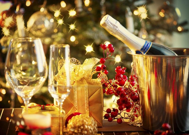 Самый подробный список новогодних примет. Вот как правильно встретить Земляную Собаку, привлекая удачу, деньги и счастье