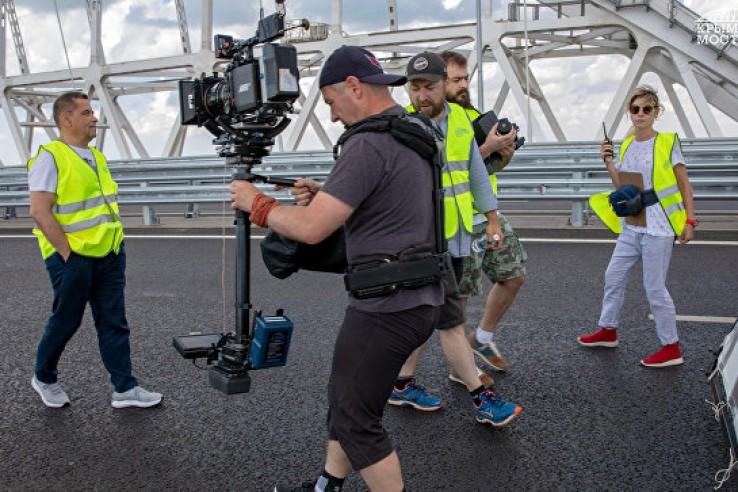 Крымский мост на время перекроют