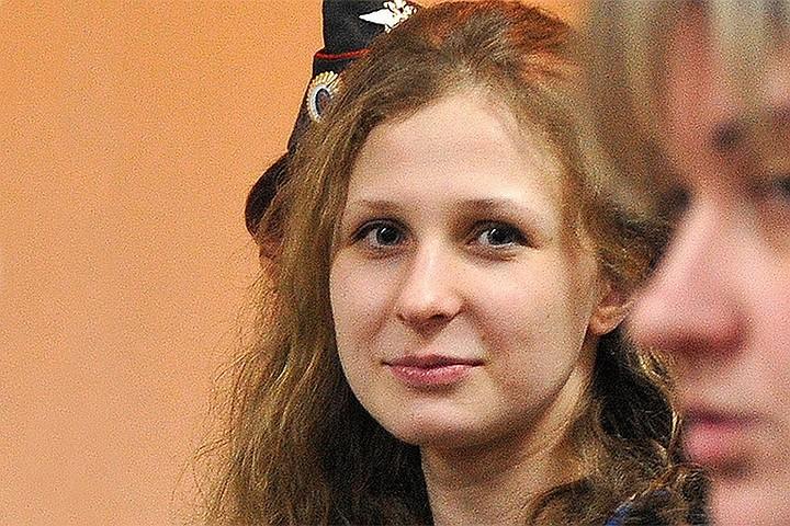 В Pussy Riot заявили, что Мария Алехина покинула Россию, несмотря на запрет
