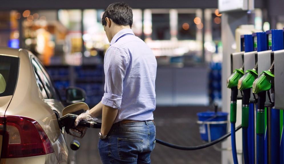 Простой способ иметь машину, не тратиться на ее покупку и бензин