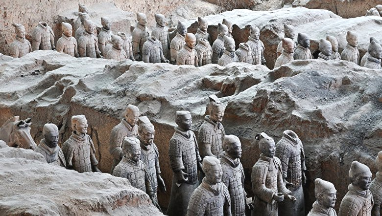 В Китае нашли миниатюрную терракотовую армию