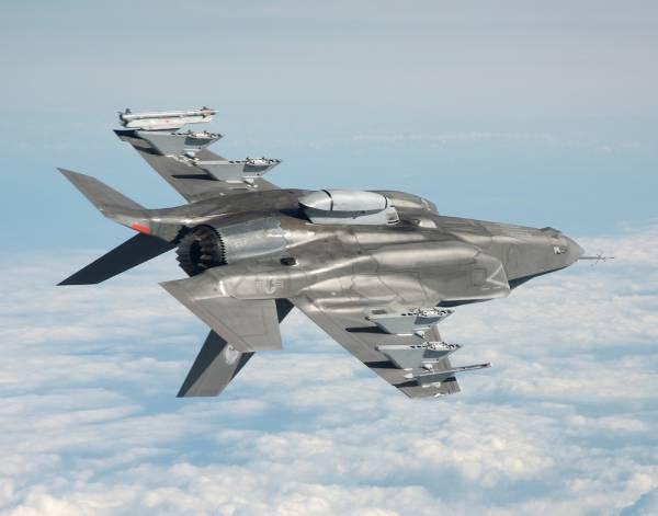 Не пригоден для эксплуатации: американский истребитель F-35 шокировал количеством дефектов