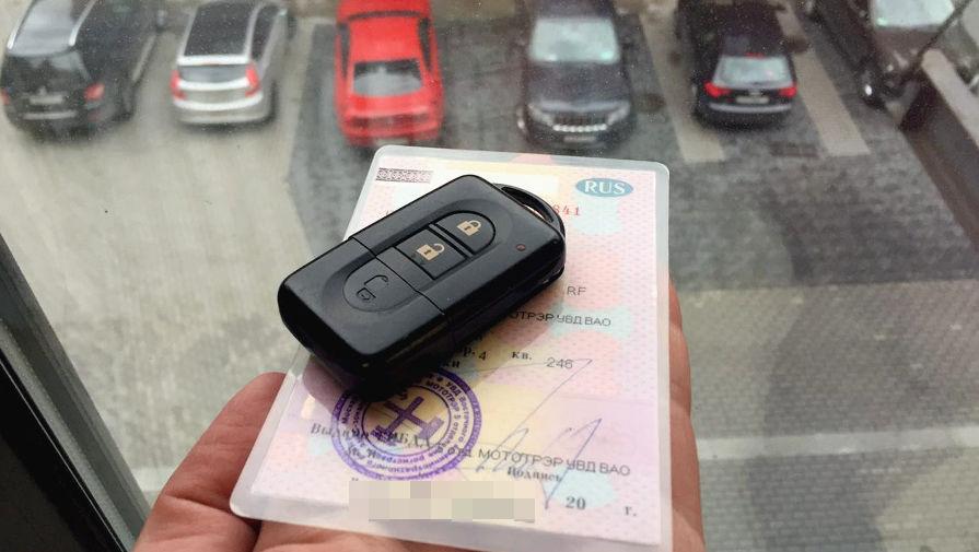 Водителям сохранили паспортный режим. Похоже, надолго