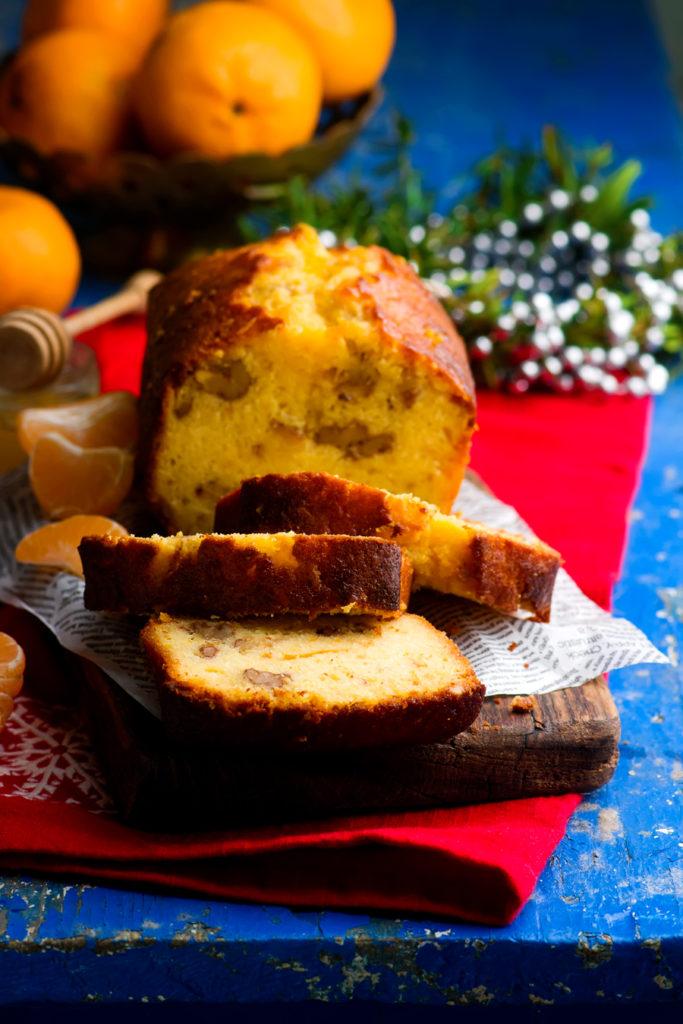 Мандариново-медовый кекс с грецкими орехами