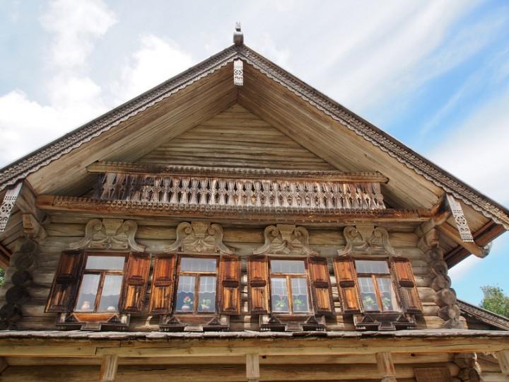 Посетителям представлены жилые деревянные постройки