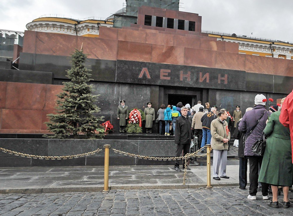 Названа истинная причина, по которой нельзя захоронить Ленина