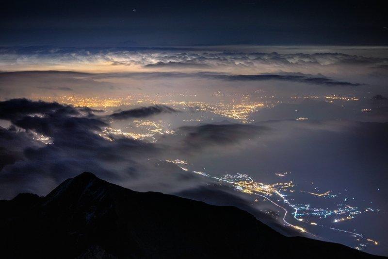 Ночной вид с Роччамелоне (3538 м), Италия горы, красиво, небо, облака, природа, творчество, фото, фотограф