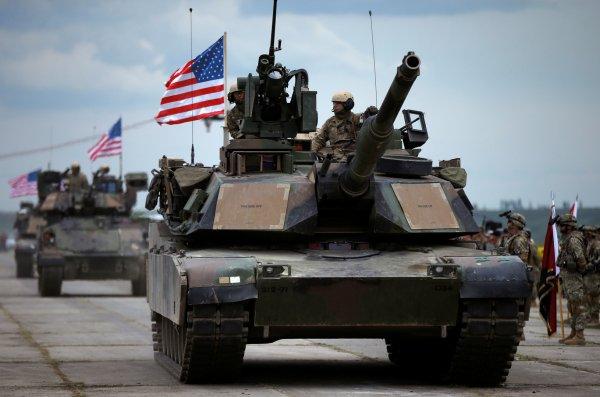 США намерены вторгнуться в Сирию с севера и юга