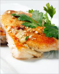 Куриные окорочка в чесночном соусе