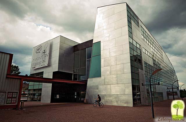 Музей современного искусства Киасма в Хельсинки, Финляндия - 2