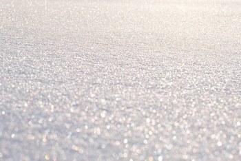 В Омске с неба сыпался странный белый порошок