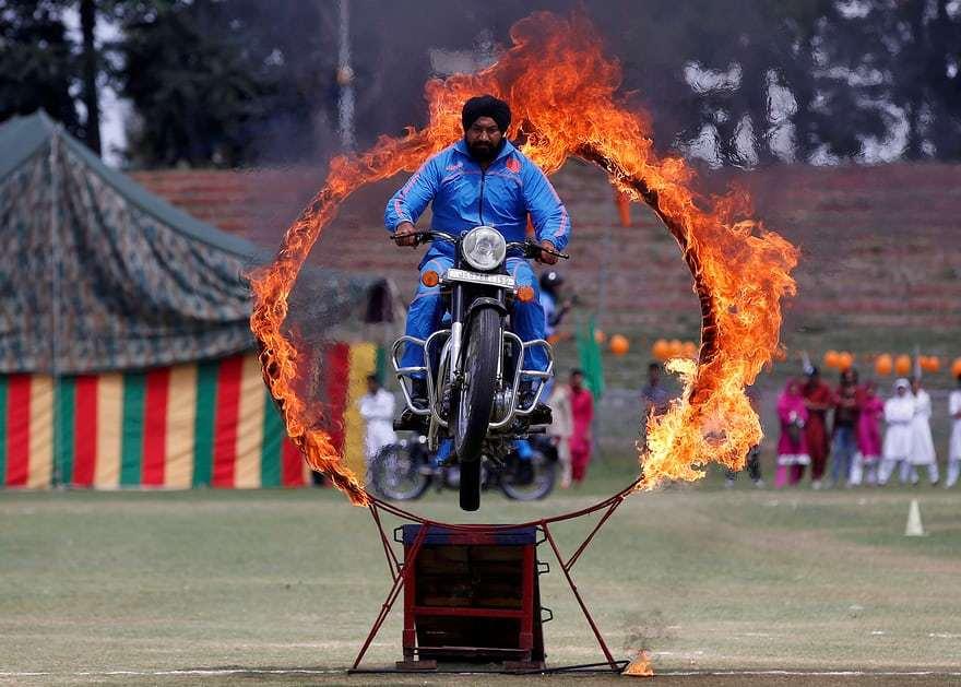 День рожденья - весёлый праздник: Индии ударило 70!