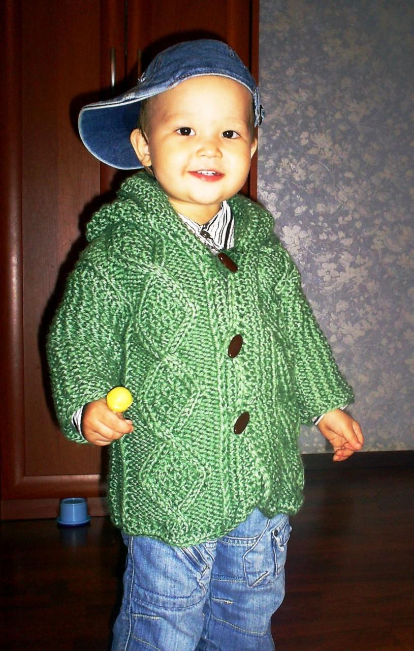 Пальто с капюшоном для малыша