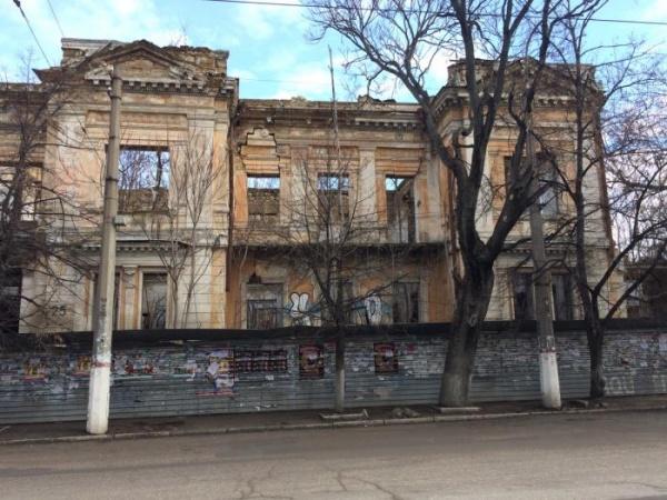 Минкультуры: сохранение памятников истории икультуры стоит 500 млрд рублей