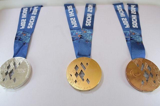 МОК заставляет российских лыжниц вернуть медали, которые они не выигрывали