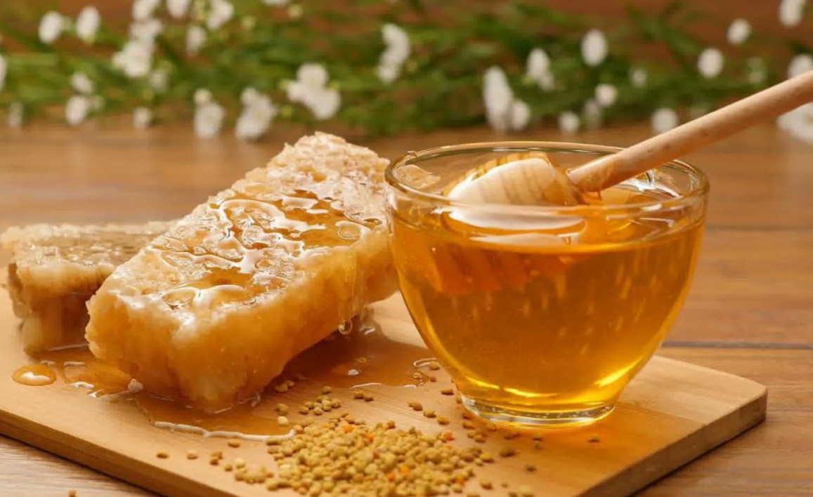 Медовые рецепты от гриппа, простуды и сильного кашля!