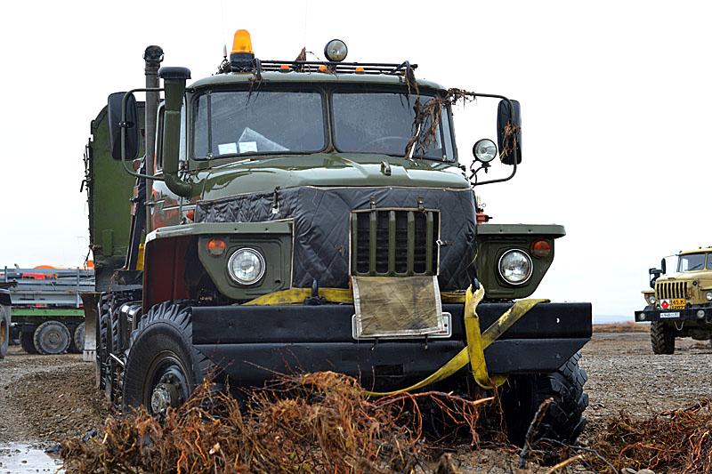 8116 Как вытаскивают утонувшие грузовики