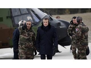"""Макрон готовится к войне: """"Мы должны защищаться от США"""""""