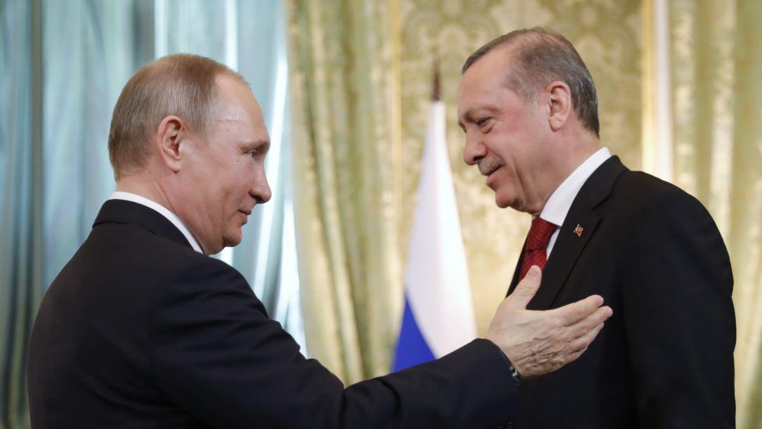 Эрдоган у Путина на коротком поводке.
