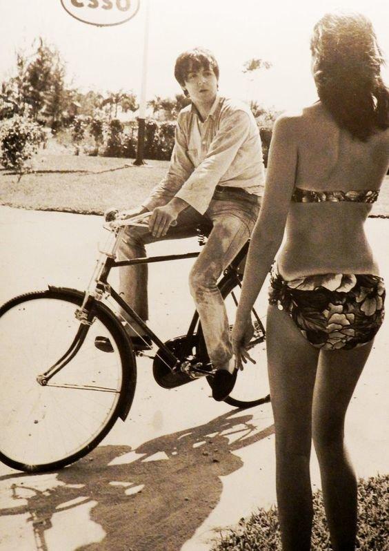"""""""Звездные"""" личности на велосипеде"""