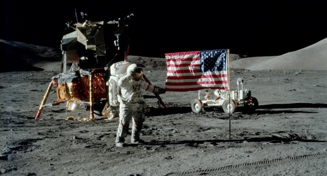 США хотят высадиться на Луне и Марсе без участия России