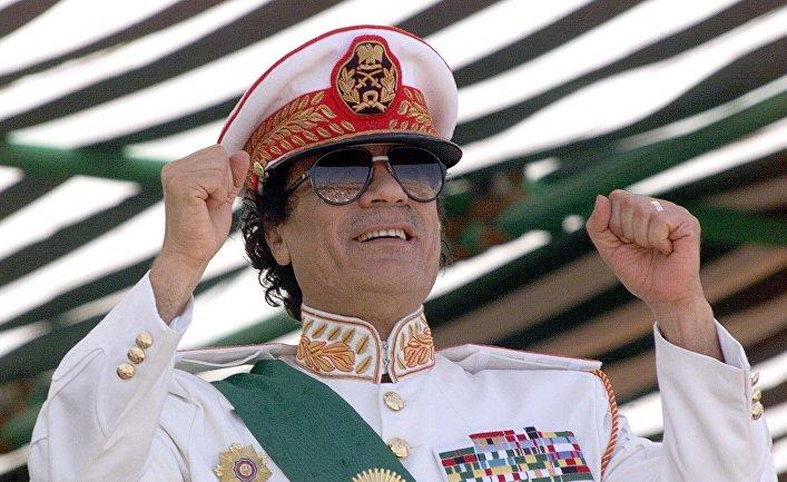 Откровения бывшего охранника Каддафи о его женской армии и о том, каким он был в обычной жизни