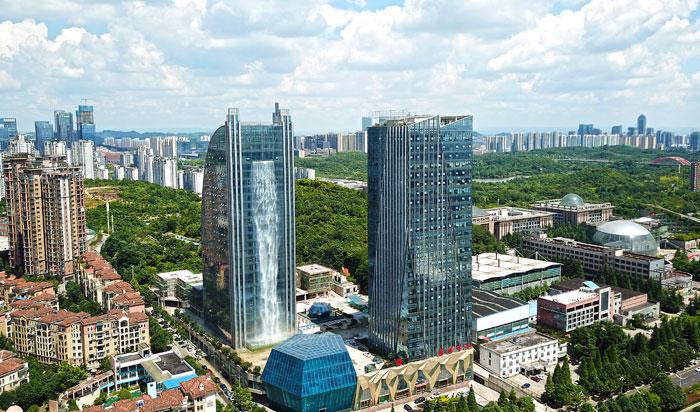 В Китае появился небоскреб с…