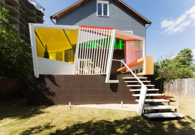 Яркая летняя терраса от za bor architects
